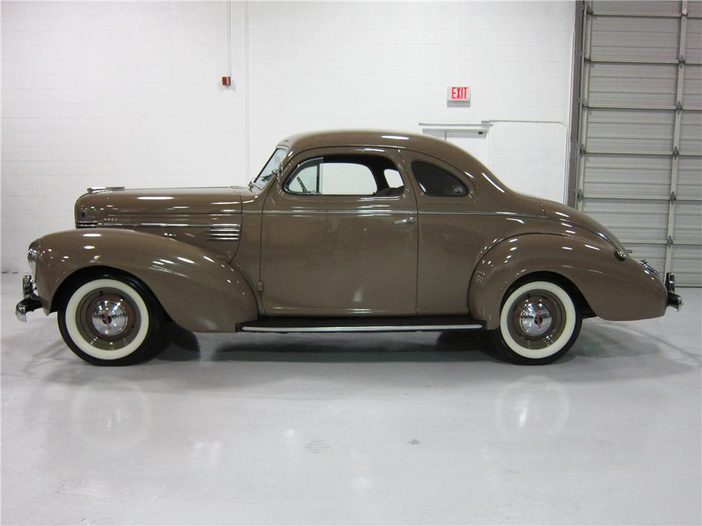 1939 chrysler royal hq - photo #11