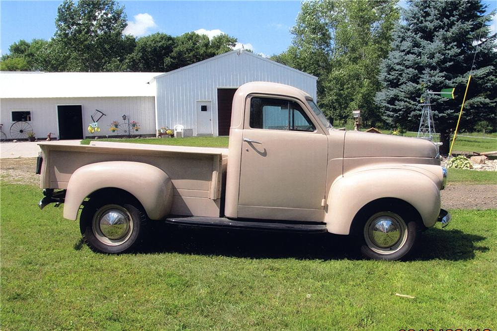 1946 STUDEBAKER PICKUP - Side Profile - 162401