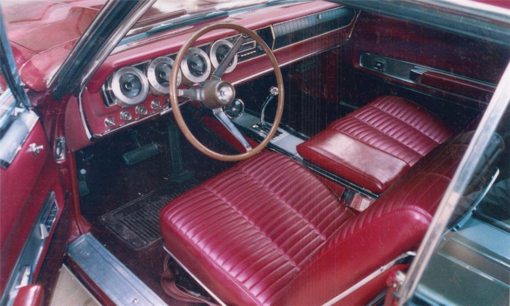1966 DODGE HEMI CHARGER 2 DOOR FASTBACK - Interior - 16242