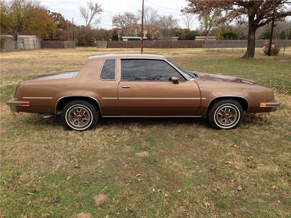 1986 OLDSMOBILE CUTLASS 2 DOOR COUPE - Side Profile - 162424