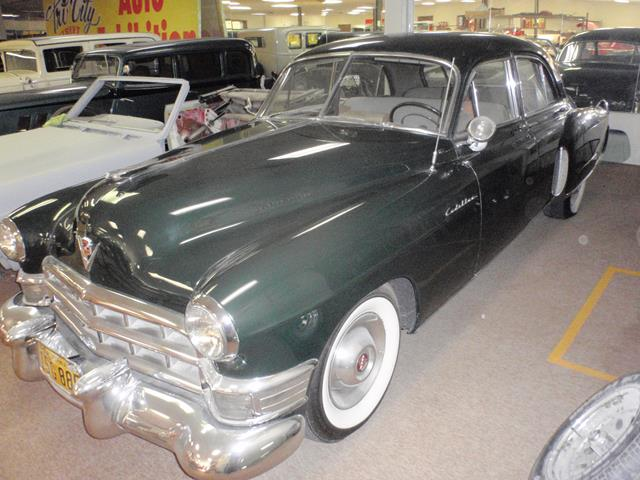1949 CADILLAC FLEETWOOD 60 SPECIAL 4 DOOR SEDAN - Front 3/4 - 162427