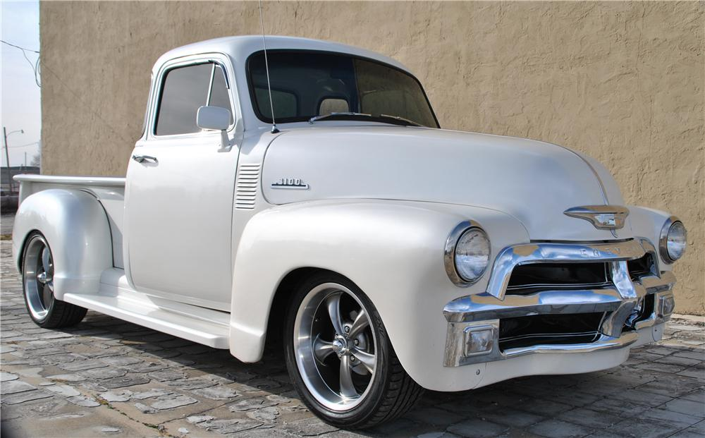 1954 CHEVROLET 3100 CUSTOM 5 WINDOW PICKUP - Front 3/4 - 162435