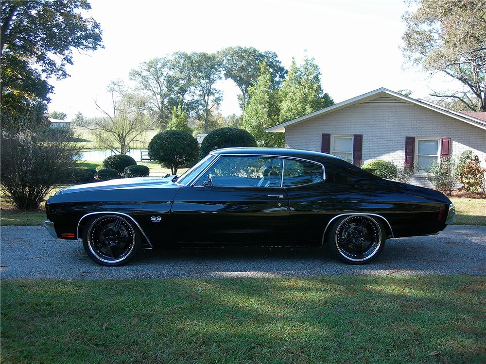 1970 CHEVROLET CHEVELLE MALIBU CUSTOM 2 DOOR COUPE - Side Profile - 162442