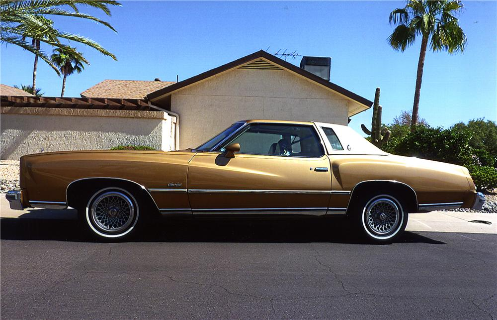 1977 CHEVROLET MONTE CARLO LANDAU - Side Profile - 162456