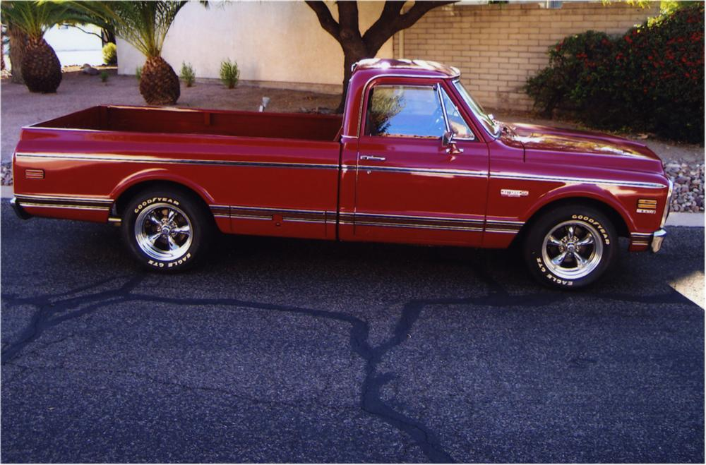 1972 CHEVROLET C-10 PICKUP - Side Profile - 162569