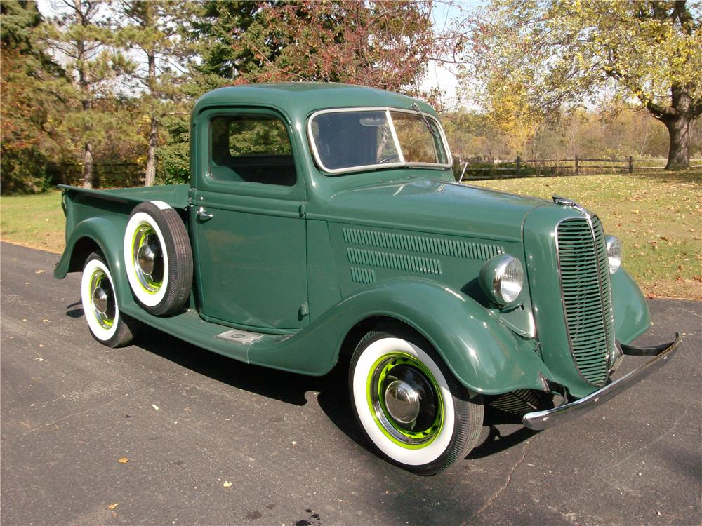 1937 FORD PICKUP - Front 3/4 - 162600