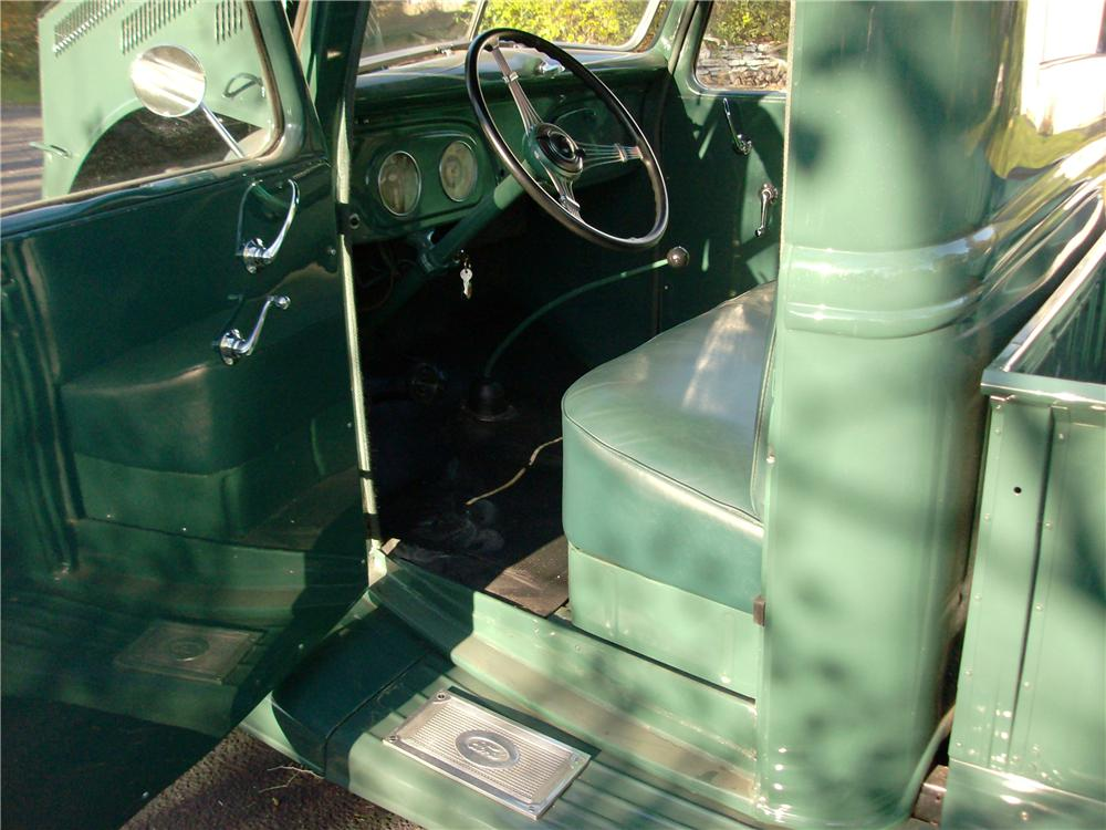 1937 FORD PICKUP - Interior - 162600