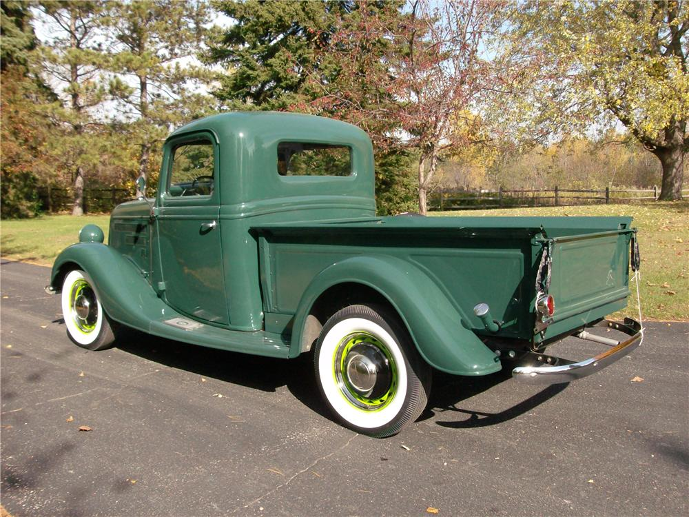 1937 FORD PICKUP - Rear 3/4 - 162600