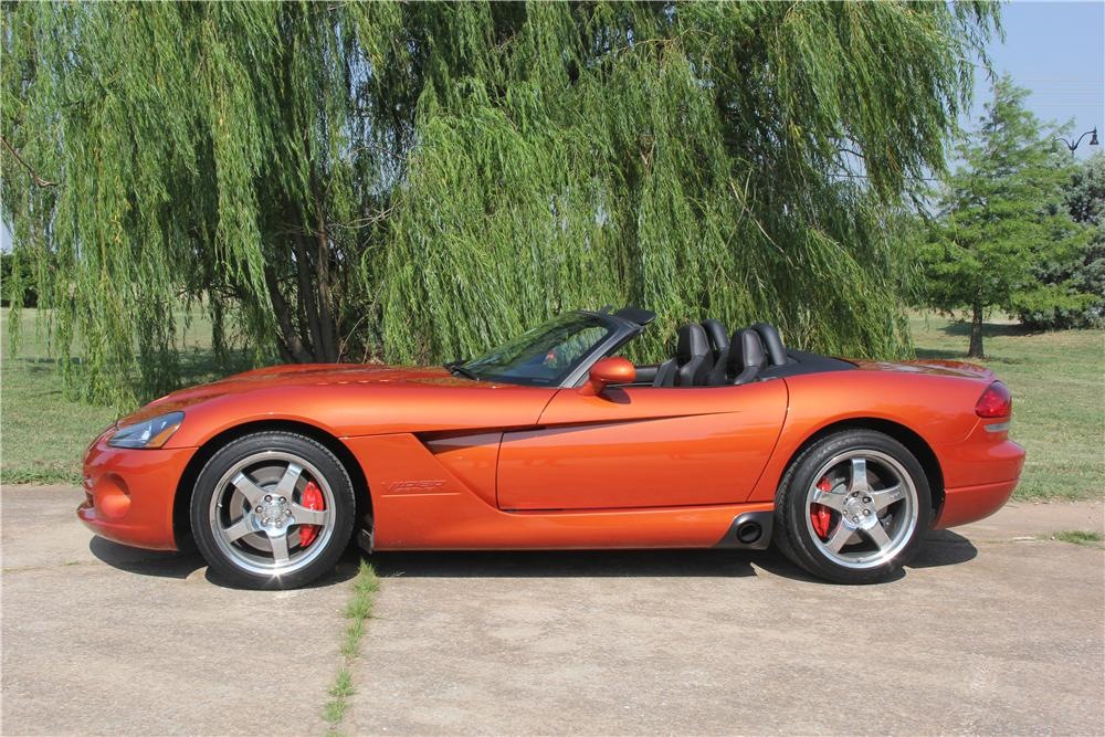 2005 DODGE VIPER COPPERHEAD CONVERTIBLE - Side Profile - 162612