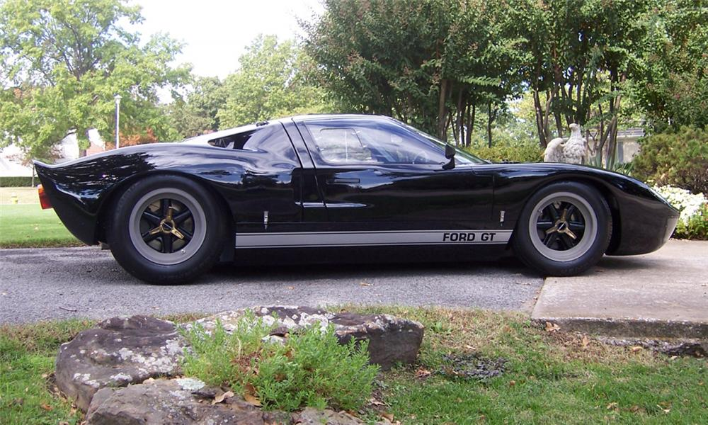 1967 FORD GT40 MK V - Side Profile - 16262