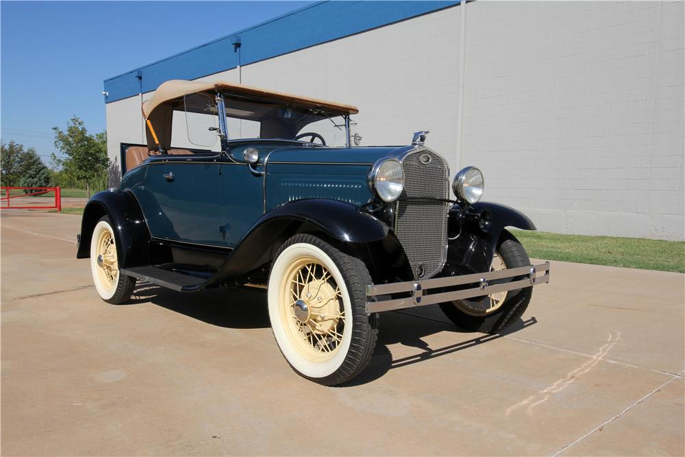 1931 FORD MODEL A ROADSTER - Front 3/4 - 162622