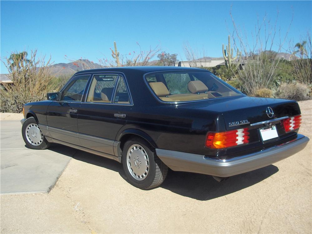 1986 MERCEDES-BENZ 560SEL 4 DOOR SEDAN - Rear 3/4 - 162636