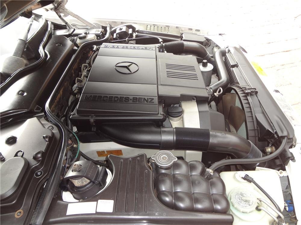 1994 MERCEDES-BENZ 500SL CONVERTIBLE - Engine - 162638