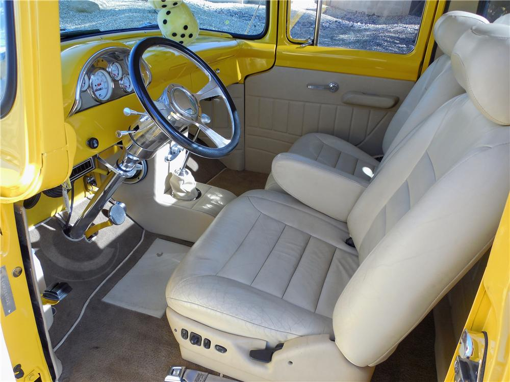 1956 FORD F-100 CUSTOM PICKUP - Interior - 162682