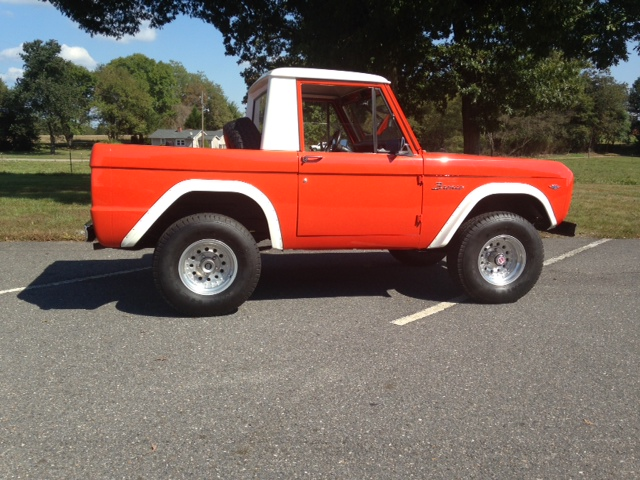 1968 FORD BRONCO  - Side Profile - 162698