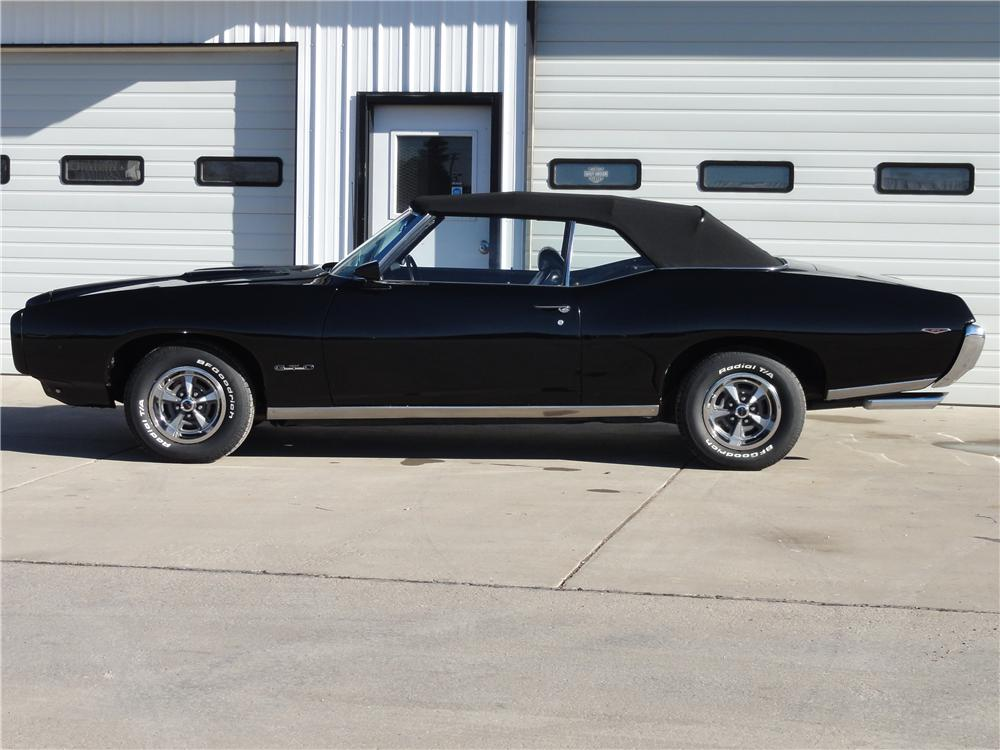 1969 PONTIAC GTO CONVERTIBLE - Side Profile - 162718
