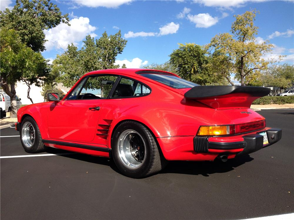 1981 PORSCHE 911 CARRERA COUPE - Rear 3/4 - 162728