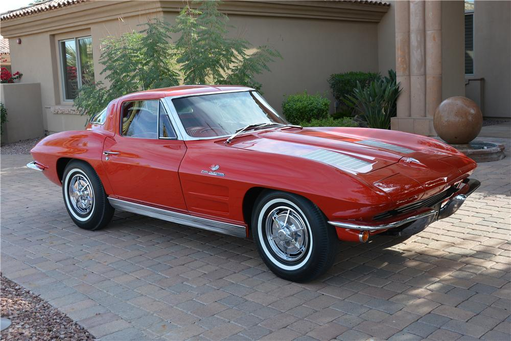 1963 CHEVROLET CORVETTE 2 DOOR COUPE - Front 3/4 - 162734