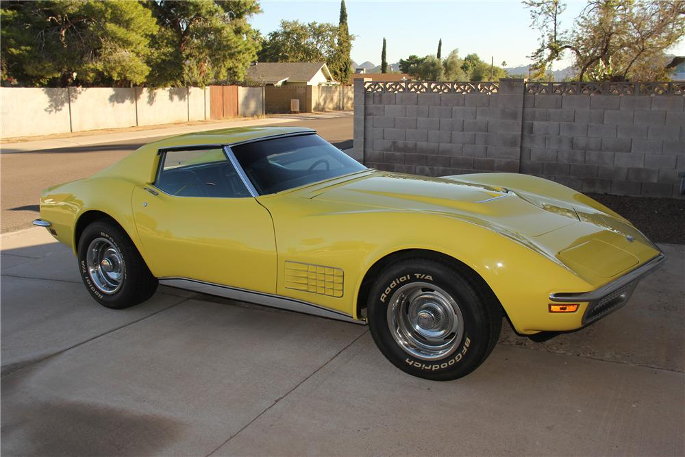 1970 CHEVROLET CORVETTE COUPE - Front 3/4 - 162828