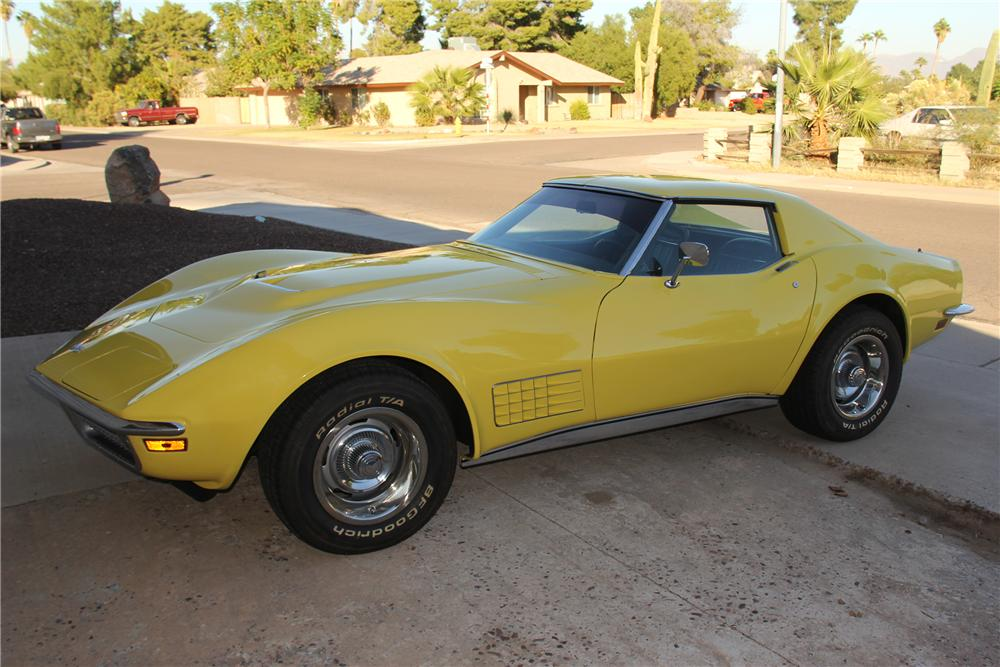 1970 CHEVROLET CORVETTE COUPE - Side Profile - 162828