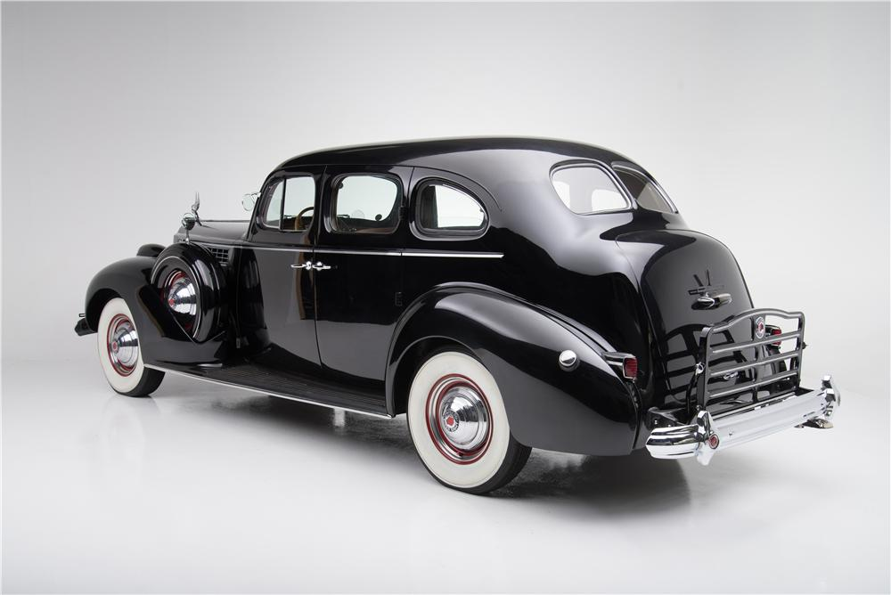 1939 PACKARD SUPER 8 4 DOOR SEDAN - Rear 3/4 - 162834