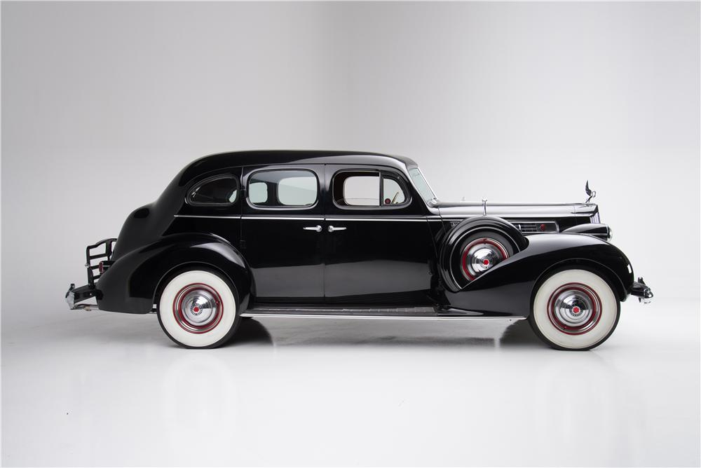 1939 PACKARD SUPER 8 4 DOOR SEDAN - Side Profile - 162834