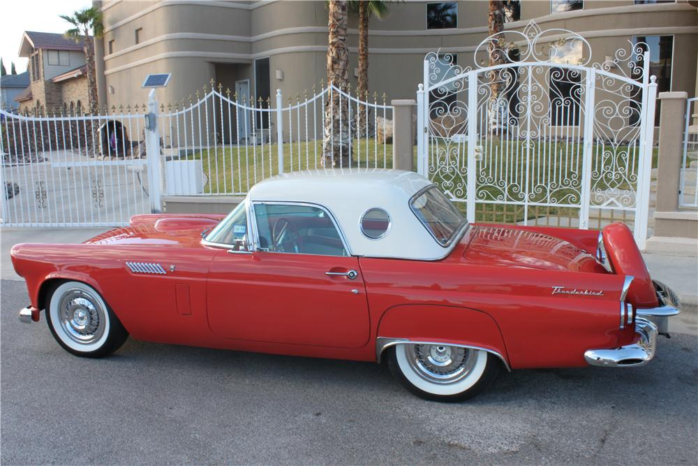 1956 FORD THUNDERBIRD CONVERTIBLE - Rear 3/4 - 162841