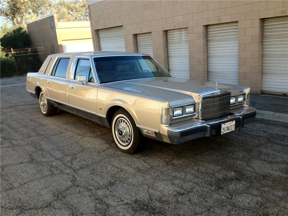 1988 Lincoln Towncar Limousine
