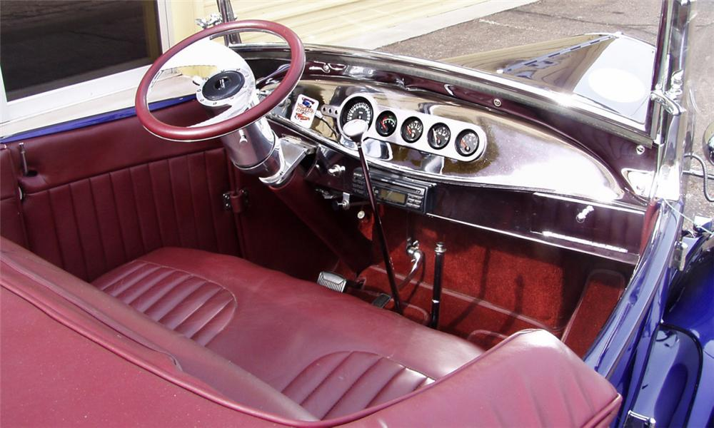 1929 FORD MODEL A ROADSTER - Interior - 16290