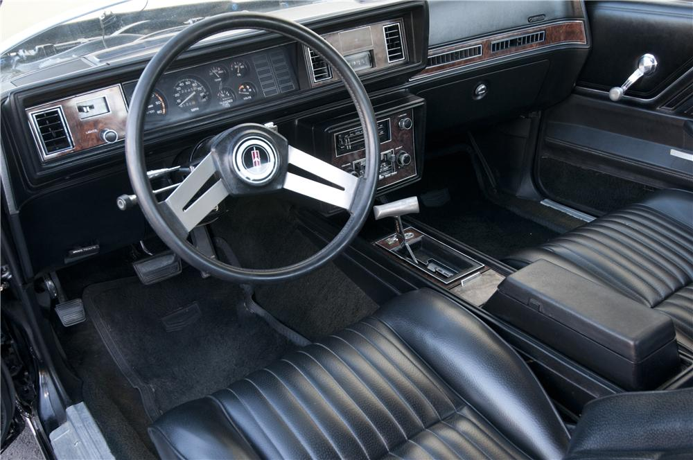 1979 OLDSMOBILE CUTLASS HURST COUPE - Interior - 162901