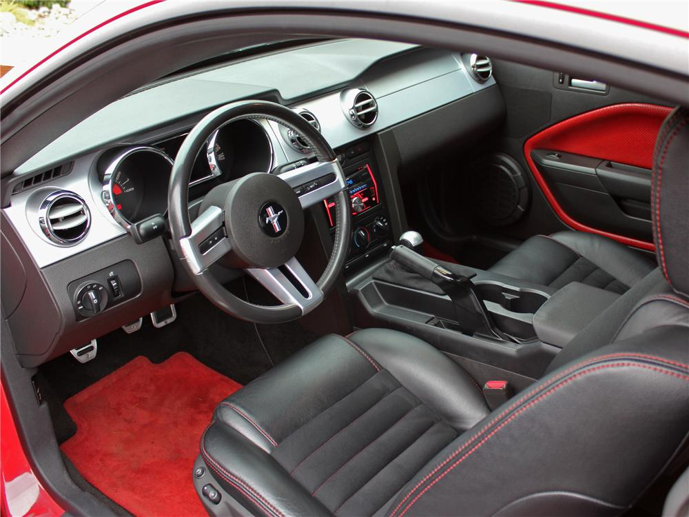 2005 ford mustang gt coupe 162913 - Interior ford mustang ...
