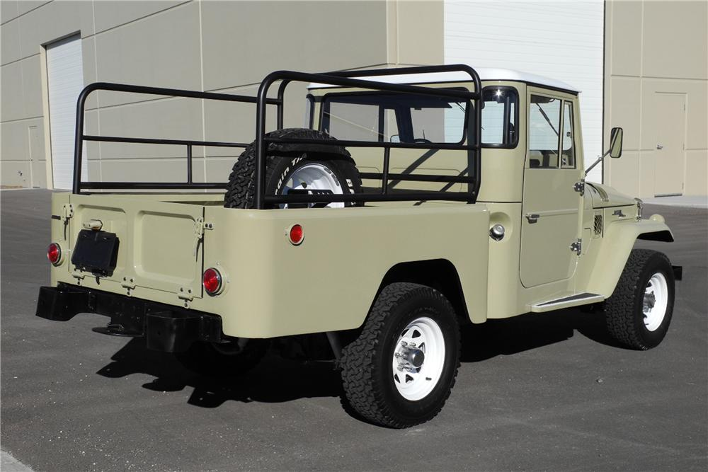 1966 TOYOTA LAND CRUISER FJ-45 PICKUP - Rear 3/4 - 162914