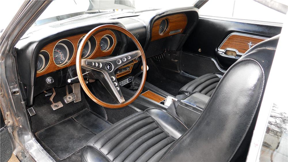 1969 FORD MUSTANG BOSS 429 FASTBACK - Interior - 162928