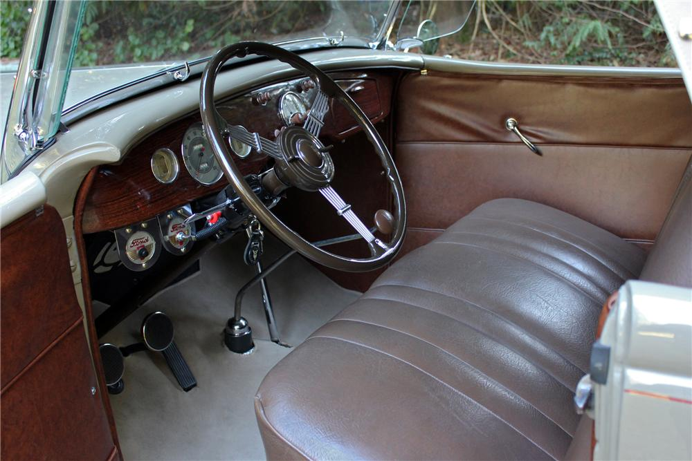 1936 FORD DELUXE ROADSTER - Interior - 162969