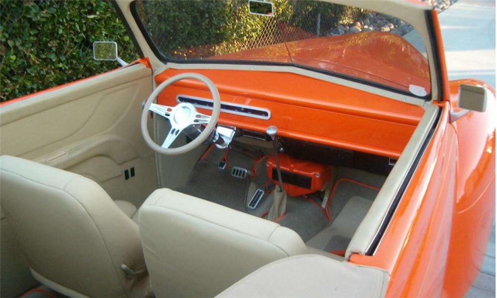 1941 FORD HOT ROD CONVERTIBLE - Interior - 16302