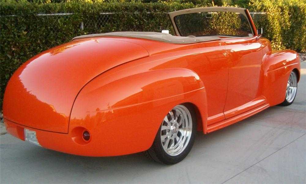 1941 FORD HOT ROD CONVERTIBLE - Rear 3/4 - 16302
