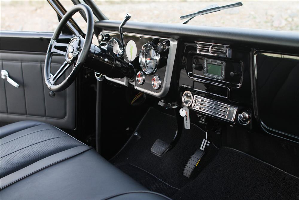 1971 CHEVROLET C-10 CUSTOM PICKUP - Interior - 163044