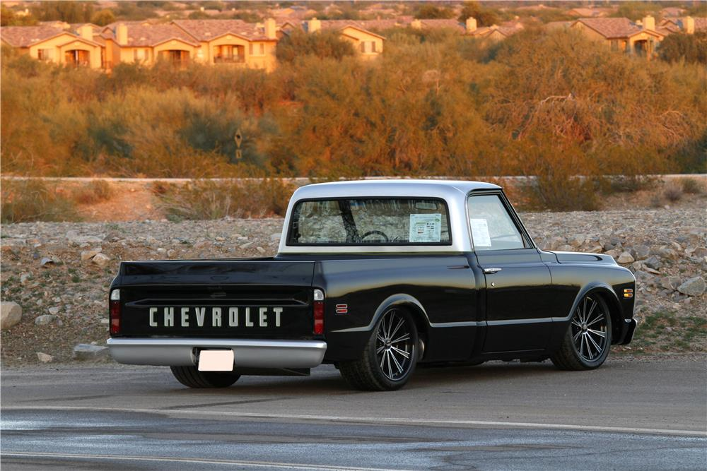 1971 CHEVROLET C-10 CUSTOM PICKUP - Rear 3/4 - 163044