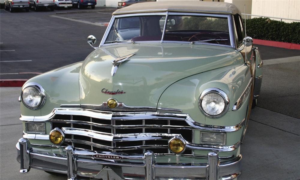 1949 CHRYSLER TOWN & COUNTRY CONVERTIBLE - Side Profile - 16308