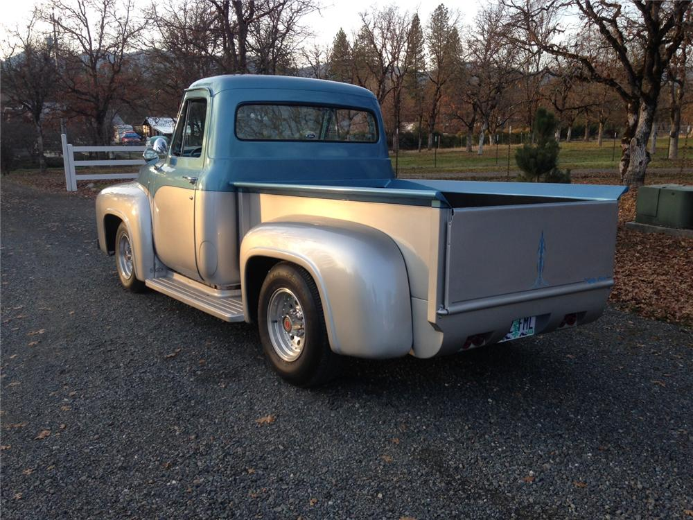 1955 FORD F-100 CUSTOM PICKUP - Rear 3/4 - 163124