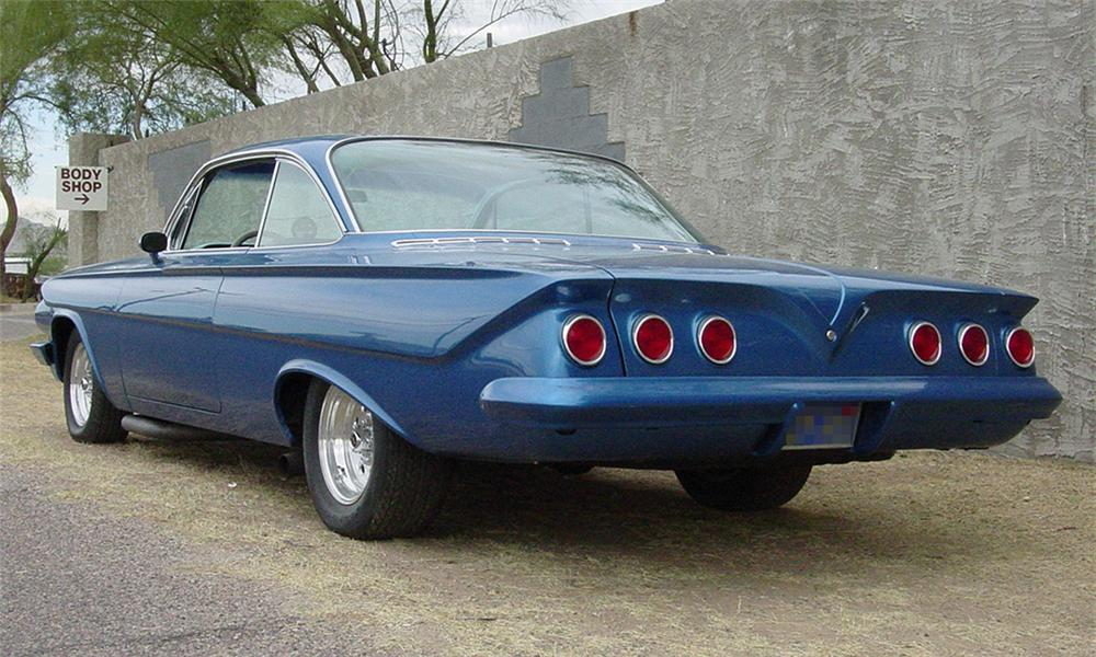 1961 CHEVROLET IMPALA BUBBLE TOP - Rear 3/4 - 16314