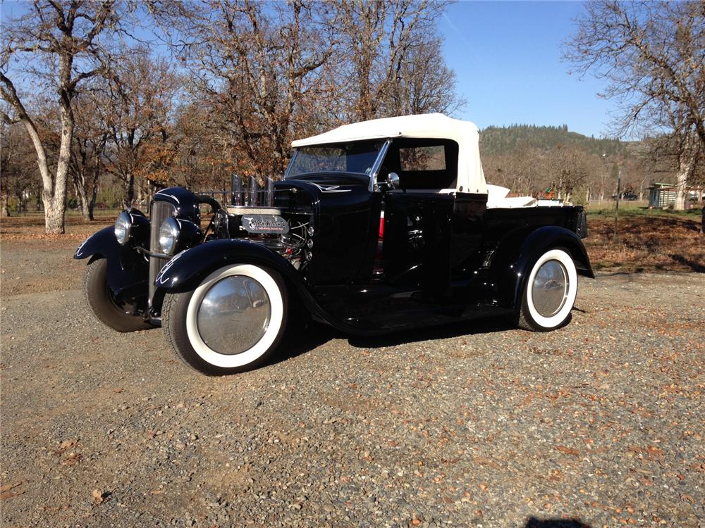 1928 FORD CUSTOM PICKUP - Front 3/4 - 163141