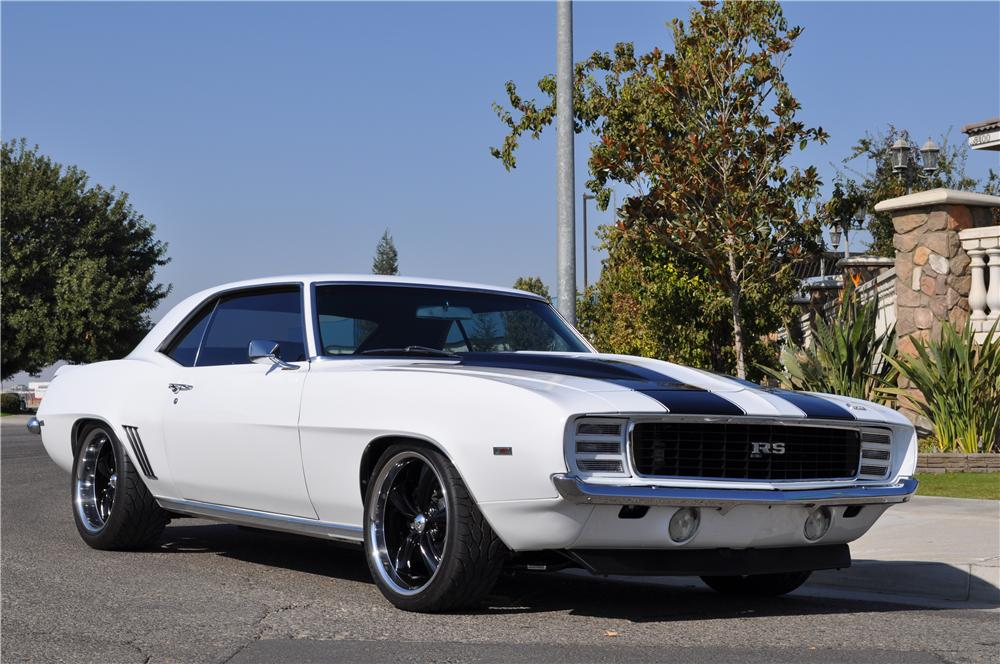 1969 CHEVROLET CAMARO RS CUSTOM COUPE - Front 3/4 - 163220