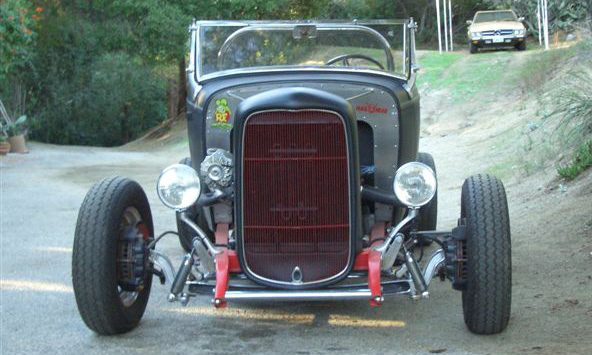 1932 FORD HOT ROD ROADSTER - Engine - 16332