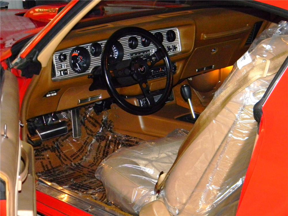 1974 PONTIAC FIREBIRD TRANS AM SD 2 DOOR COUPE - Interior - 163386