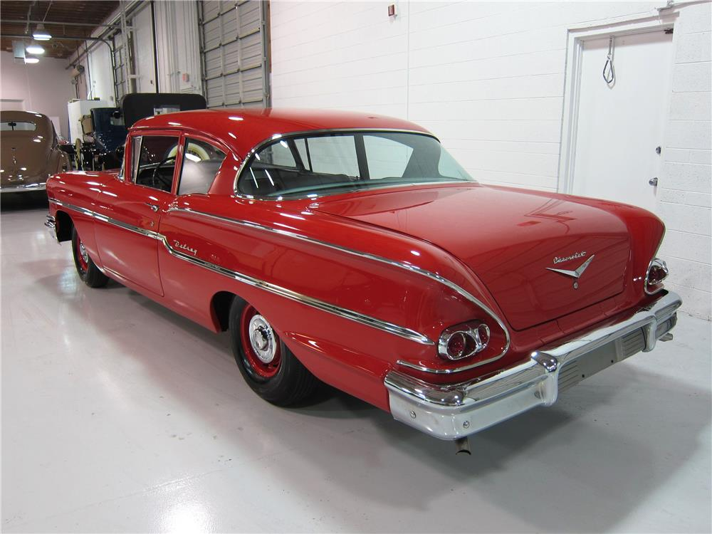 1958 CHEVROLET BISCAYNE 2 DOOR HARDTOP - Rear 3/4 - 163463