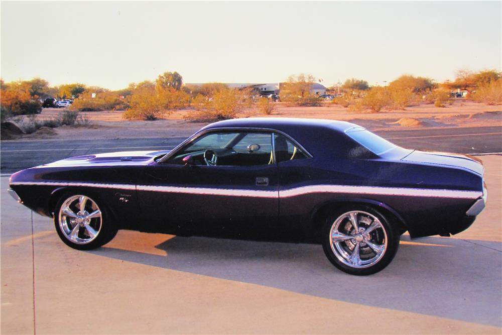 1972 dodge challenger custom 2 door coupe 165913. Black Bedroom Furniture Sets. Home Design Ideas