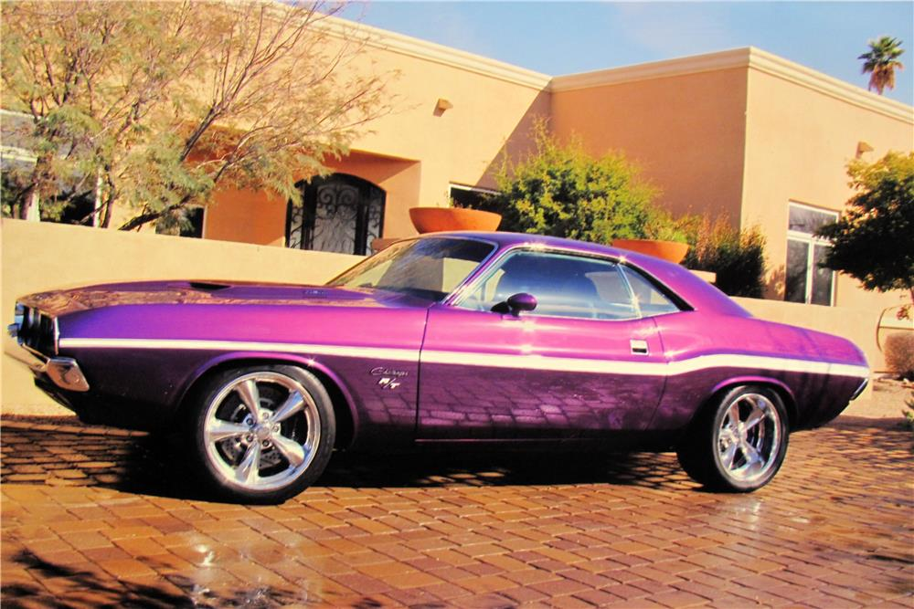 1972 DODGE CHALLENGER CUSTOM 2 DOOR COUPE - Side Profile - 165913