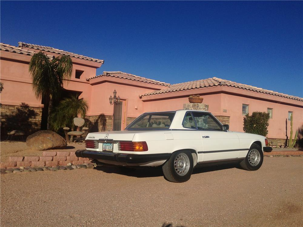 1979 MERCEDES-BENZ 450SL CONVERTIBLE - Rear 3/4 - 166957