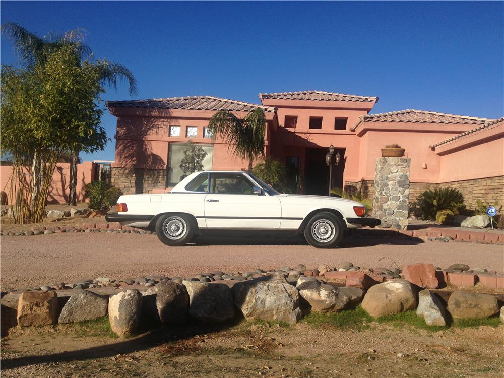1979 MERCEDES-BENZ 450SL CONVERTIBLE - Side Profile - 166957